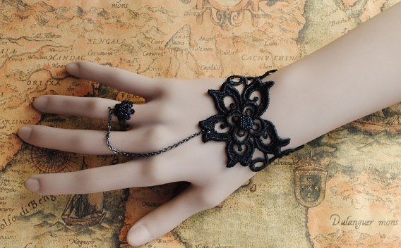 Fabulous Black Lace Rose Lolita Bracelet