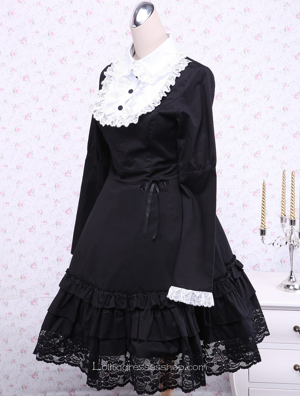 Black Cotton Lace Trim Long Sleeves Bow Gothic Lolita Dress