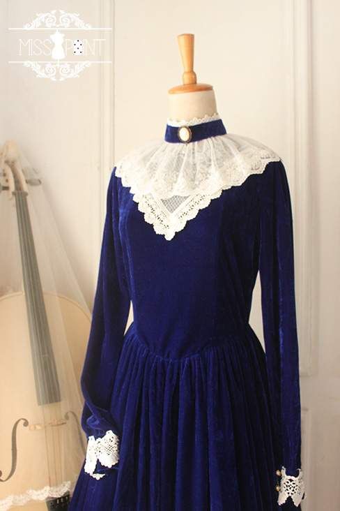 The Lady in the Painting Vintage Miss Point Lolita OP Dress