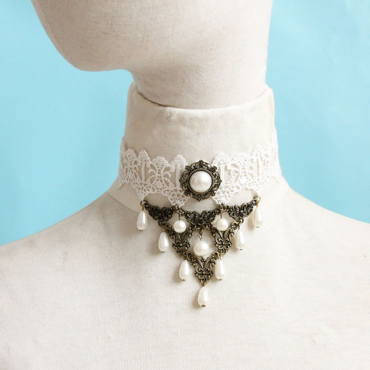 White Pearl Lace Clavicle Lolita Necklace