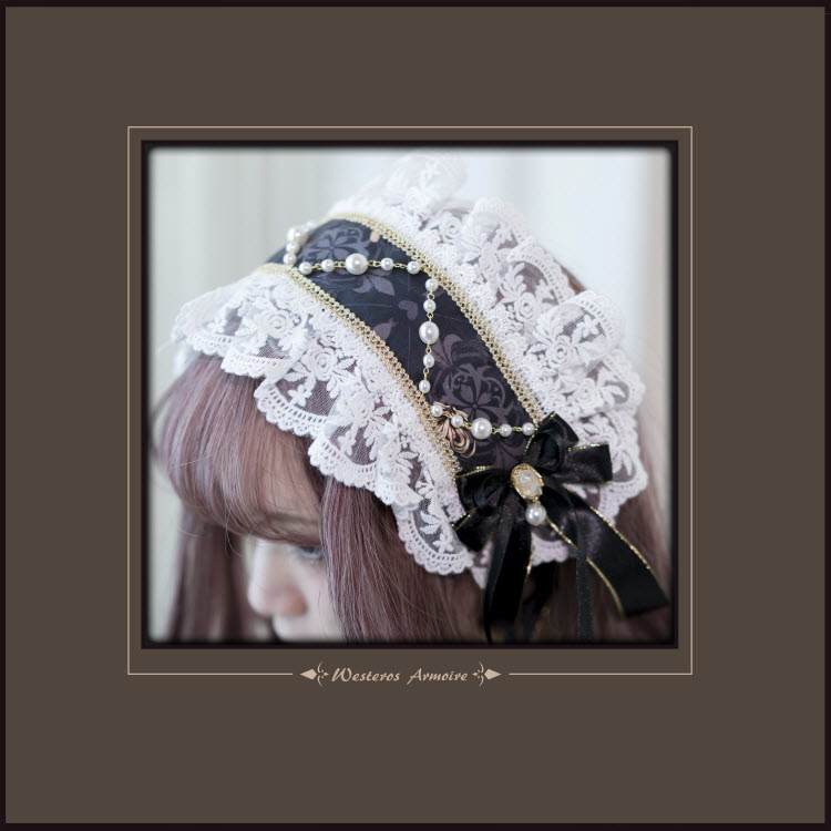 Westeros Armoire -Bunnies in Pokerland- Lolita Accessories