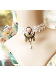 White Vintage Lace Lolita Necklace
